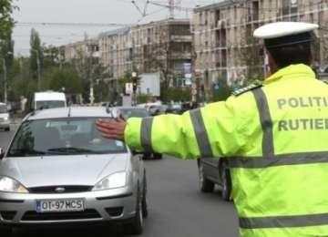 Minor din Baia Mare prins la volanul unui autoturism