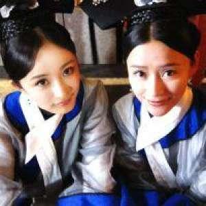 Două eleve din China s-au sinucis pentru a călători în timp
