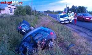 Doua masini implicate intr-un accident la intrarea in Cicarlau