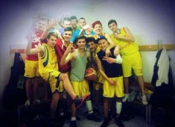Echipa de baschet a Colegiului Național Dragoș Vodă, aproape de faza finală a ONSS