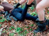 Elevă acostată pe Facebook şi violată de trei tineri într-o pădure din Satu Mare