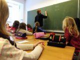 Elevii şi preşcolarii s-au întors luni la cursuri