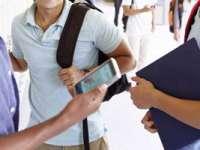 Elevii și preșcolarii se întorc miercuri la cursuri