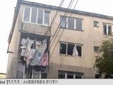 Explozie la un bloc de locuințe din Bistrița. Nouă persoane au fost rănite