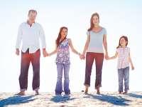 Familia se defineşte ca o uniune între un bărbat şi o femeie, au decis deputaţii