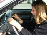 Femeile sunt în medie cu 12% mai nervoase la volan decât bărbații