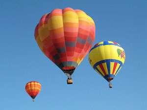 Festivalul baloanelor cu aer cald revine în Baia Mare