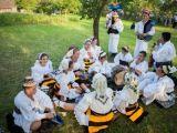 """Festivalul """"Drumul Lung spre Cimitirul Vesel"""" debutează în Târgu Lăpuș, cu o petrecere"""