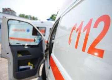 Fetiţă în vârstă de 5 ani din Baia Mare şi o tânără din Moisei, accidentate în timp ce traversau strada neregulamentar