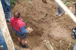 Fostul primar al satului maramureşean Cufoaia a fost deshumat