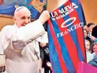Fotbal: Papa Francisc va da lovitura de începere a amicalului Italia - Argentina