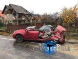 FOTO - ACCIDENT GRAV la TĂUȚI MĂGHERĂUȘ - Camion răsturnat, mașini distruse și trei victime încarcerate