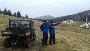 FOTO: Activităţi practice desfăşurate de jandarmii montani în zona Crestei Cocoşului