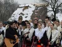 FOTO: CRĂCIUN ÎN MARAMUREȘ - Obiceiurile și tradițiile maramureșene, puse în valoare prin evenimentul organizat de Consiliul Județean Maramureș