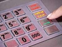 (FOTO) – Cum ți se fură codul PIN la bancomat?!