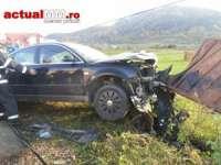 FOTO - Două persoane încarcerate între Vișeu de Jos și Vișeu de Sus, în urma unui accident auto