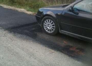 FOTO - MADE ÎN SIGHET: Cum se peticesc gropile din municipiu, rezultate în urma lucrărilor la rețeaua de apă-canal