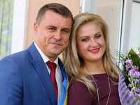 FOTO - Nuntă ca-n POVEŞTI în Maramureş. Primarul Lucian Morar şi frumoasa Ioana Pricop se căsătoresc
