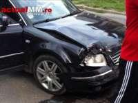 FOTO - O persoană rănită într-un accident petrecut într-o intersecție din Sighet