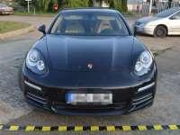 FOTO - Porsche în valoare de 117.000 euro, furat din Estonia, depistat de către polițiștii de frontieră