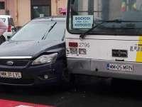 FOTO: SIGHET - Două accidente petrecute în centrul municipiului. Unul lângă Liceul Pedagogic și unul lângă Biserica Romano-Catolică
