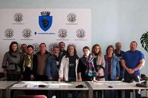 FOTO - SIGHET: S-a constituit CENACLUL DE PICTURĂ al artiştilor plastici profesionişti