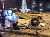 FOTO: SIGHET - S-a dat peste cap cu mașina în sensul giratoriu din BIG. O persoană rănită