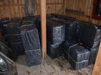 FOTO + VIDEO: 50.000 pachete de ţigări de contrabandă confiscate de către Polițiștii de frontieră în ultimele 24 de ore