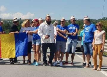 FOTO & VIDEO: AMU-I BAI! – Moroşenii au ajuns în Capitală pentru marele protest