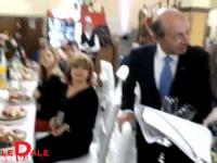 FOTO & VIDEO - Elena Udrea și Traian Băsescu la nunta primarului din Ulmeni