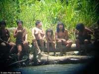 FOTO - IMAGINI INEDITE: ULTIMUL TRIB pierdut din Amazon, neatins de civilizaţie