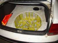 FOTO & VIDEO - Peste 20.000 pachete de ţigări confiscate de către Poliția de frontieră