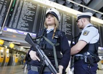 Frankfurt - Aeroportul din Frankfurt evacuat după o amenințare cu bombă