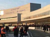 FRANȚA: Aeroportul din Toulouse a fost evacuat miercuri dimineață după descoperirea unui pachet suspect