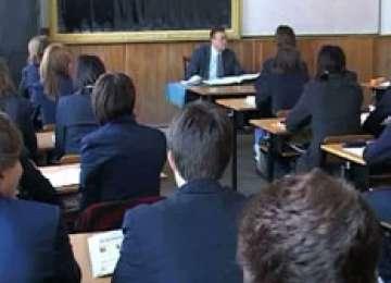 FRAUDĂ la Bacalaureat. Măsuri drastice dictate de Ministerul Educaţiei pentru 21 de profesori implicaţi: Aceștia au fost dați afară din învățământ