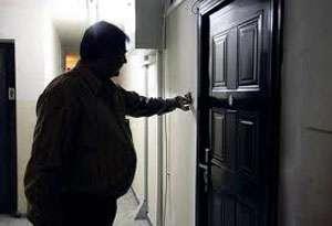FURT: Doi bărbaţi care au pretins că efectuează activităţi de deratizare au lăsat o bătrână fără pensie