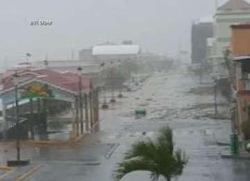 Furtuna Erika a ajuns în Haiti, după ce a lovit dur insula Dominica