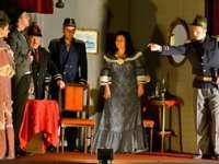 GALERIE FOTO: Reprezentaţia cu piesa O NOAPTE FURTUNOASĂ de I.L.Caragiale - o dovadă că sighetenii pot realiza spectacole de înaltă ţinută artistică!