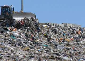 GARDA DE MEDIU: Rampa de gunoi din Vişeu de Sus trebuie să fie închisă până la 1 iulie 2014