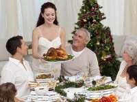 Ghid de ETICHETĂ și BUNE MANIERE la masa festivă de Crăciun
