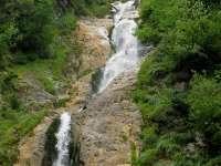 Ghizi autorizați pentru turiștii care vizitează Cascada Cailor