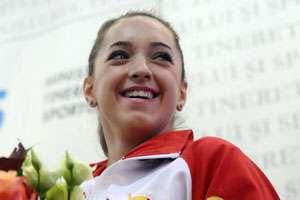 Gimnastică feminină: Cupa Mondială - Aur pentru Larisa Iordache în concursul de la Stuttgart