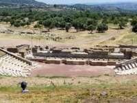 Grecii au redeschis un teatru antic, construit în urmă cu 2.300 de ani