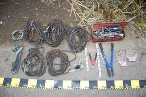 Hoți prinși de Polițiști după ce au furat cabluri de telefonie de peste 56.000 de lei