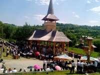 Hram la Săliștea de Sus cu ocazia Sărbătorii Sfinților Apostoli Petru și Pavel