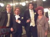 INCREDIBIL - Prima căsătorie între un cuplu de homosexuali în România!