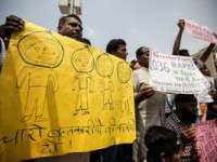 India: Cei patru agresori acuzaţi de viol au fost condamnaţi la moarte