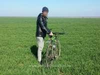 INEDIT - Un cetăţean turc a încercat să treacă ilegal frontiera, pe bicicletă
