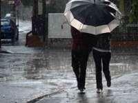 Informare de ploi și vânt puternic în majoritatea regiunilor, de miercuri după-amiază