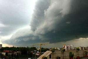 Informare meteo de vreme instabilă pe parcursul zilei de joi, în întreaga țară